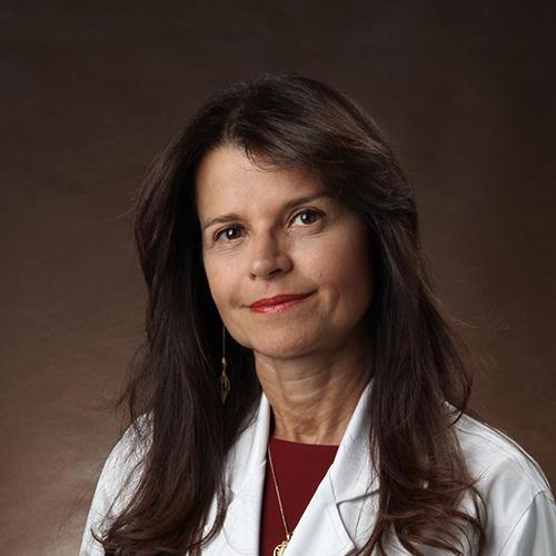 Foto da doutora Maria Letícia Cascelli de Azevedo Reis
